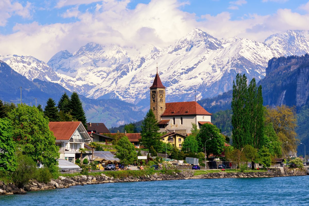 Practicing as a dental hygienist in Switzerland